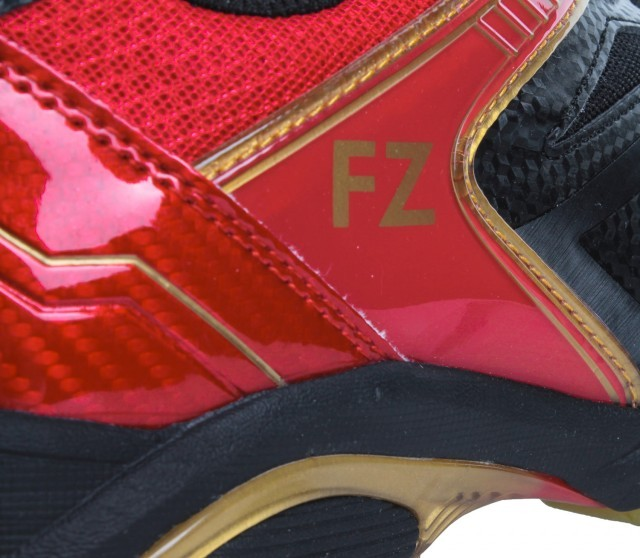 FZ Forza Extremely Black/Red