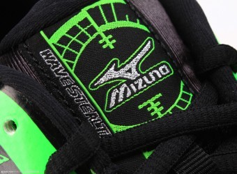 Mizuno Wave Stealth Flash Green buty do squasha